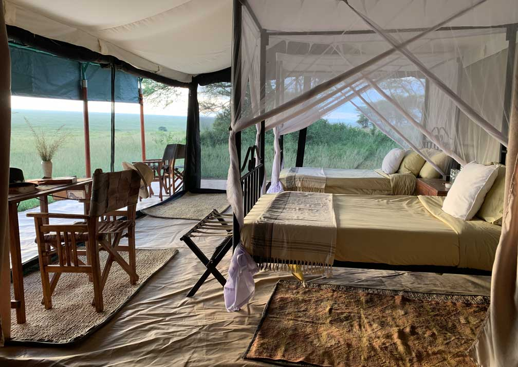 Kirurumu Serengeti Camp bedroom and deck