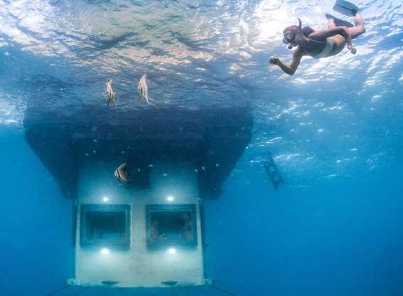 underwater room snorkelling