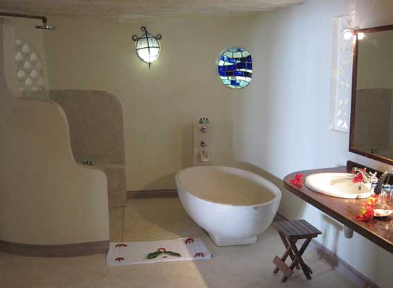 Matemwe Lodge bathroom