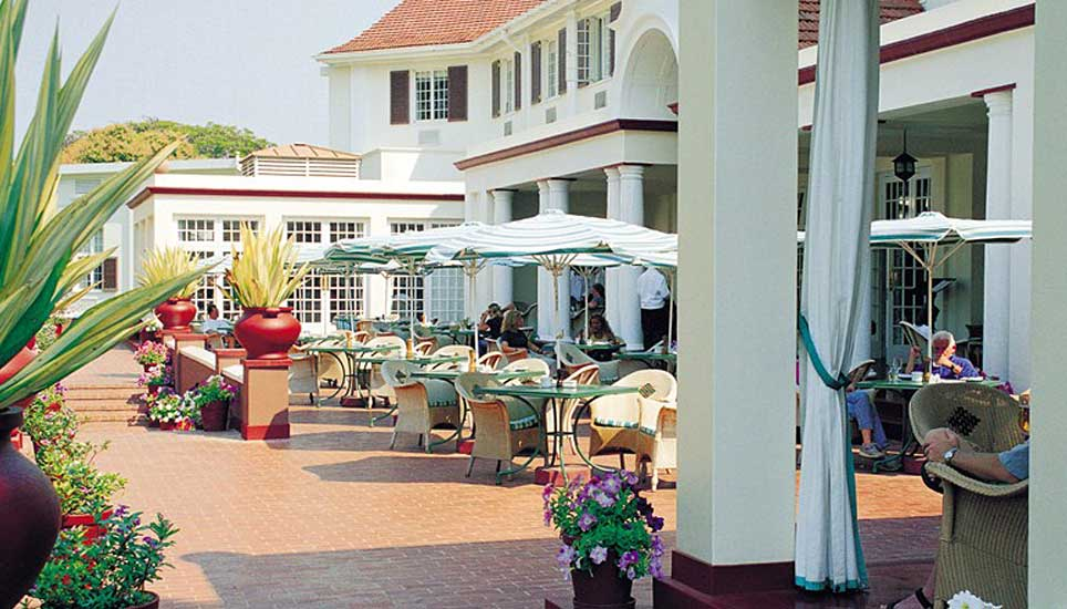 Victoria-fall-hotel-G9