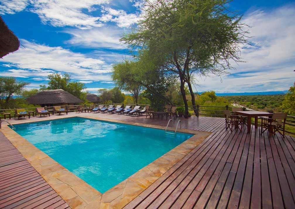 Mbali Mabli Tarangire River Camp pool