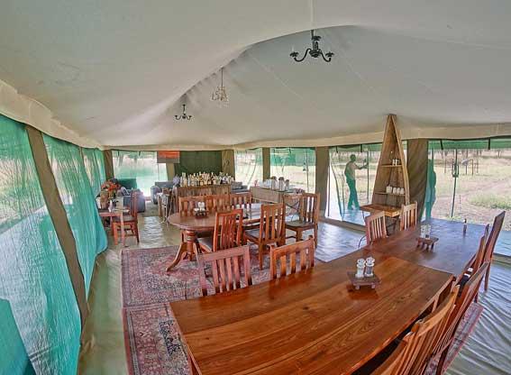 Naona-Moru-Camp-dining