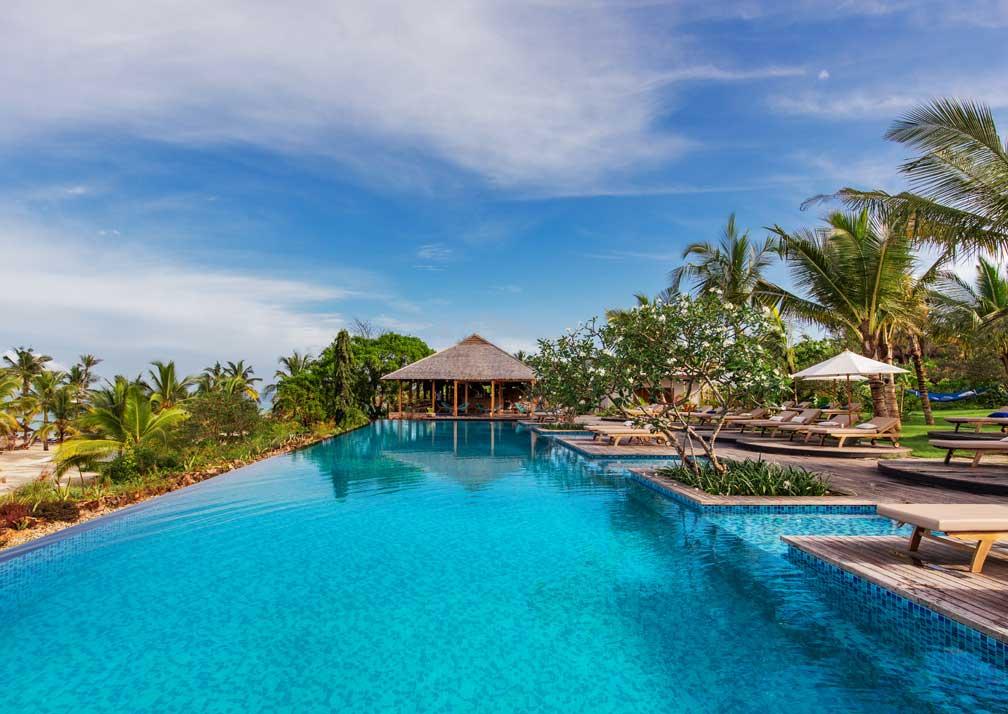 Zuri Zanzibar pool