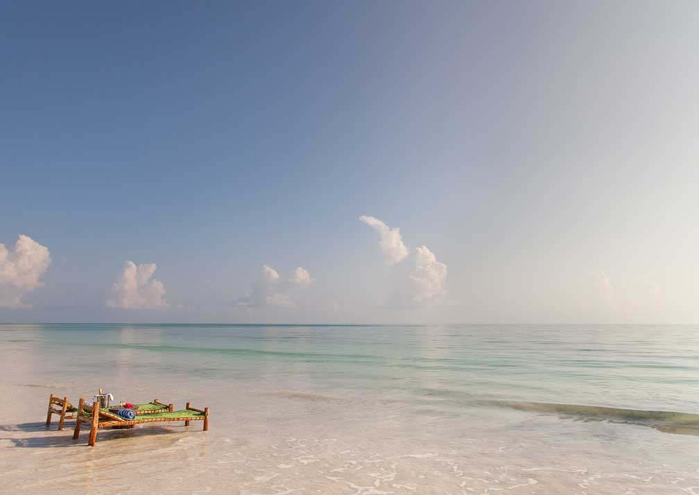 Kisiwa on the Beach sunloungers