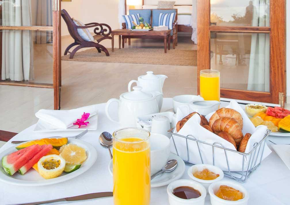 Villa Breakfast