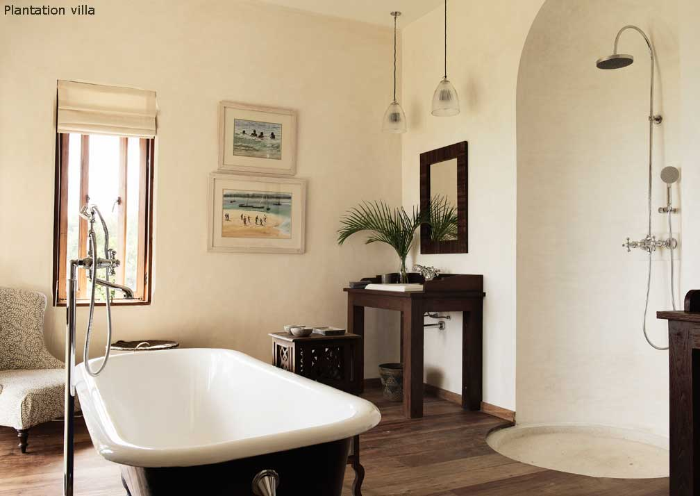 Plantation bathroom