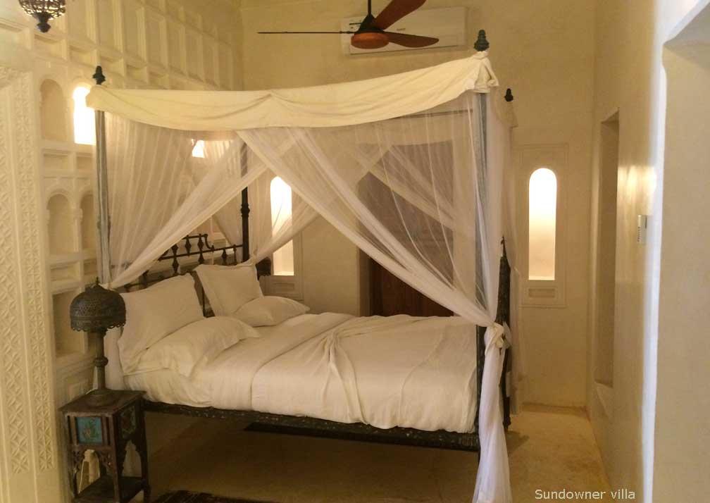 Sundowner bedroom